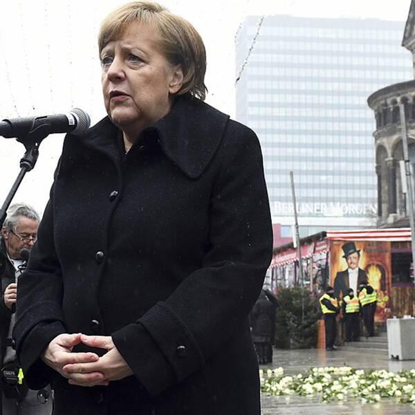 Förbundskansler Angela Merkel lovade i sitt minnestal i Berlin att staten ska bli bättre att hantera terror i framtiden.
