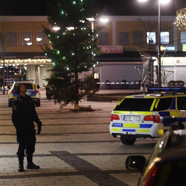 Den 8 januari sköts en man till döds på en pizzeria i Rinkeby.