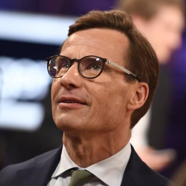 M-ledaren Ulf Kristersson tycker att M och S ligger nära varandra i migrationspolitiken.