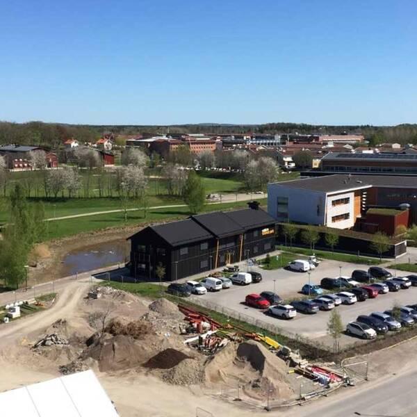 Här är utsikten från Växjös nya och dyra studentlägenheter.