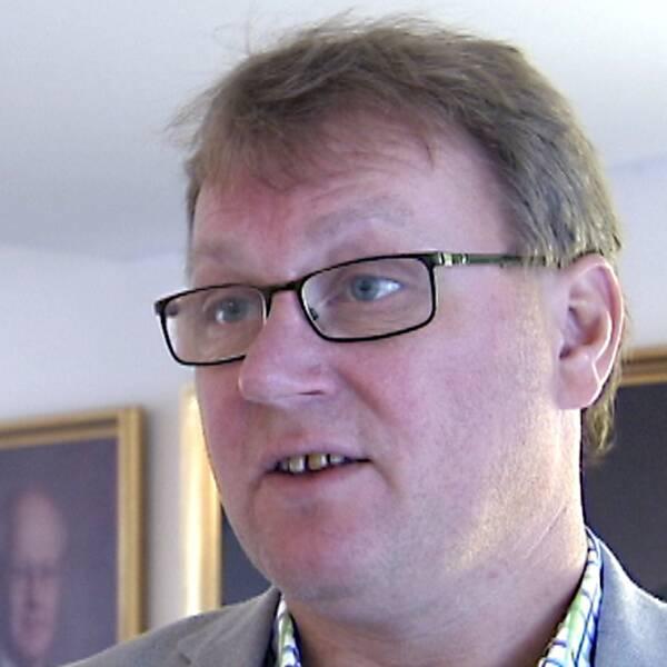Jonas Andersson (FP).