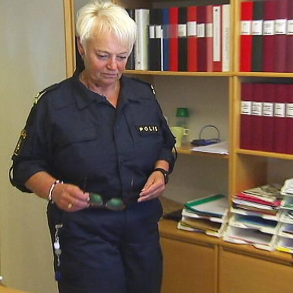 Lokalpolisområdeschef Eva Högfeldt Petterson hoppas att politikerna gör verklighet av sina vallöften och satsar på fler poliser