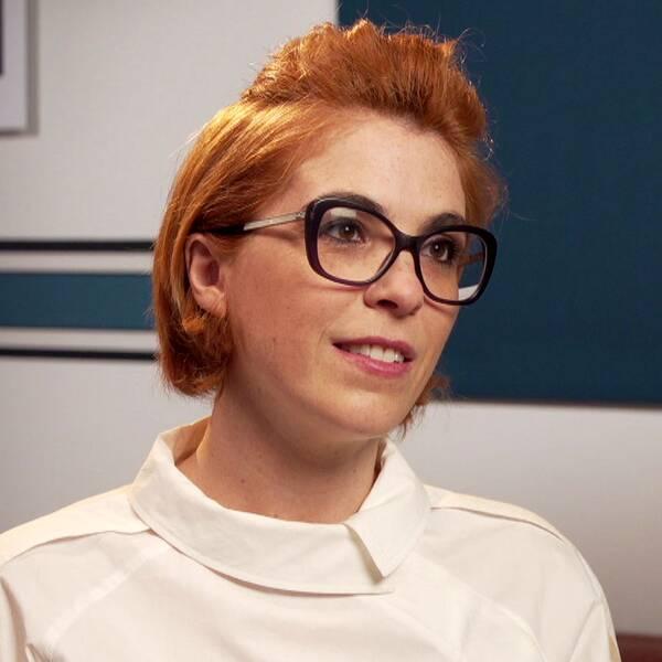 Regissören Eva Husson och bild från filmen Girls of the sun.