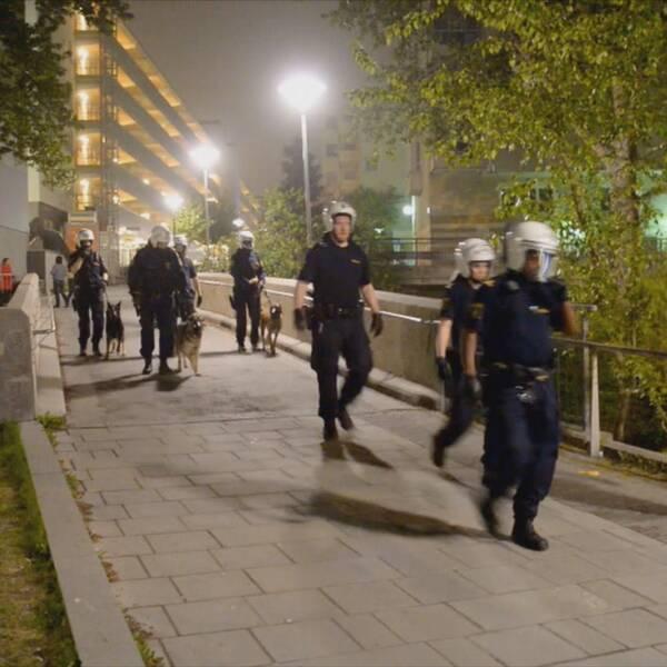 Under kravallerna i Husby kom Stockholmspolisen att få uppleva en av sina värsta nätter någonsin.