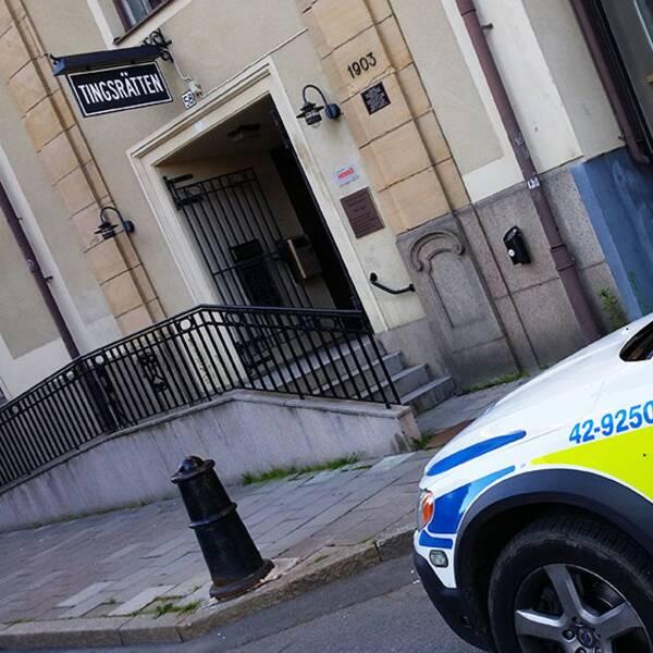 Norrköpings tingsrätt polis polisbil Norrköping