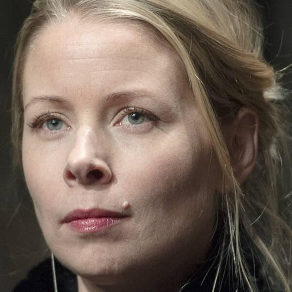 Teaterchefen Eirik Stubø och den fasta Dramaten-skådespelaren Julia Dufvenius deltog båda på krismötet under onsdagen