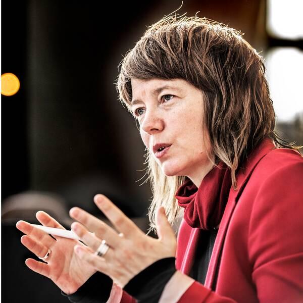 Moderaternas toppkandidat Tomas Tobé och Vänsterpartiets toppkandidat Malin Björk.