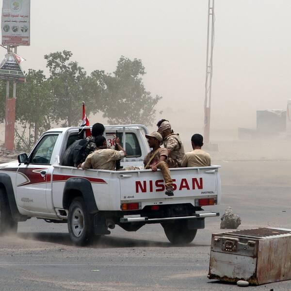 Separatister patrullerar i Aden.