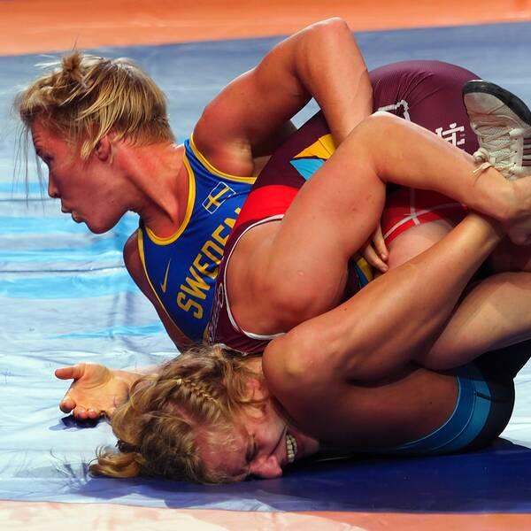 Jenny Fransson går för guldet efter att ha besegrat Alla Cherkasova från Ukraina i semifinalen.