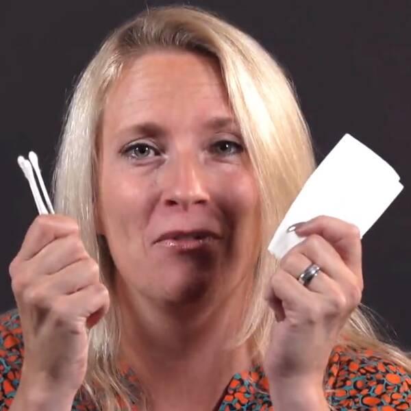 SVT:s reporter Maria Wallberg åker inte till GGN utan näsdukar och tops.