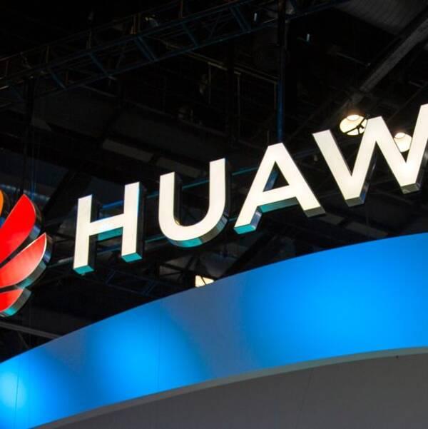 En av Huawei-cheferna hävdade att Kina inte blockerar internationella medier.