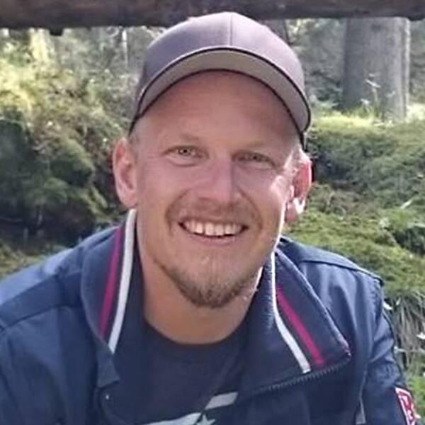Ronnys flickvän Petra Kärnberg (t.v) var gravid i åttonde månaden när olyckan skedde.