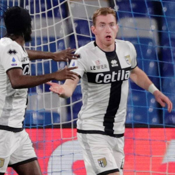 Dejan Kulusevski jublar efter 1-0 mot Napoli.