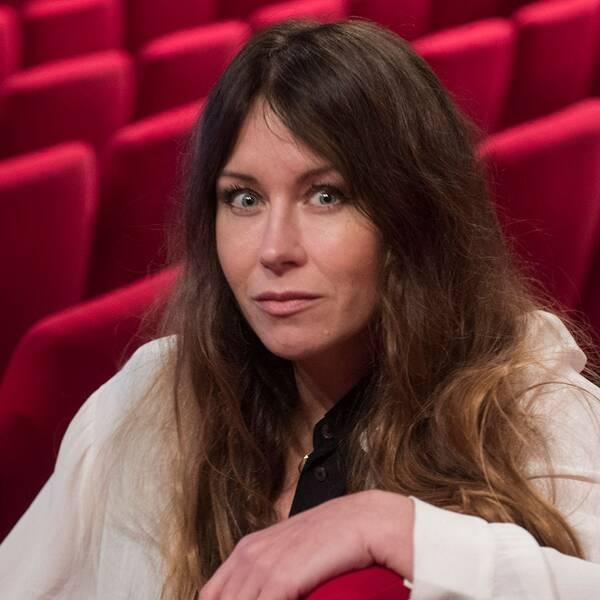 """Anna Odell vill undersöka när det är okej att visa sig sårbar, i sitt nya konstprojekt """"Undersökningen""""."""