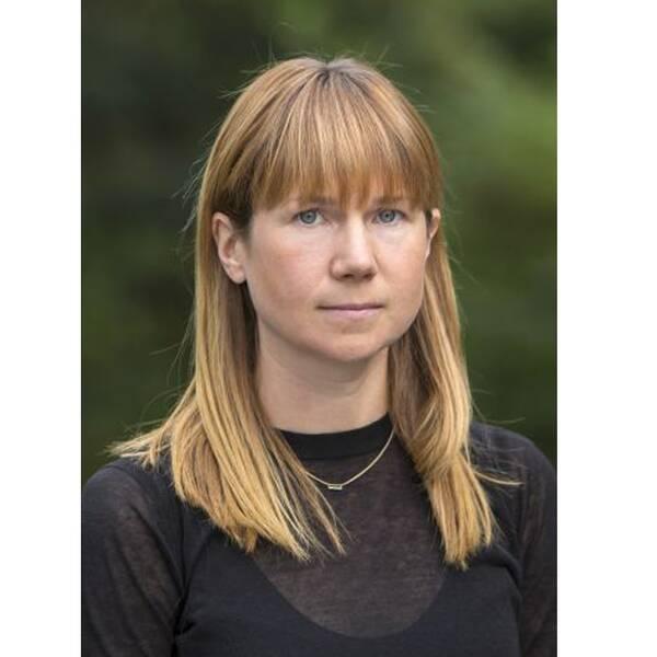Johanna Rickne, professor i Nationalekonomi, menar att fattiga män får barn i större utsträckning idag än på 70-talet.