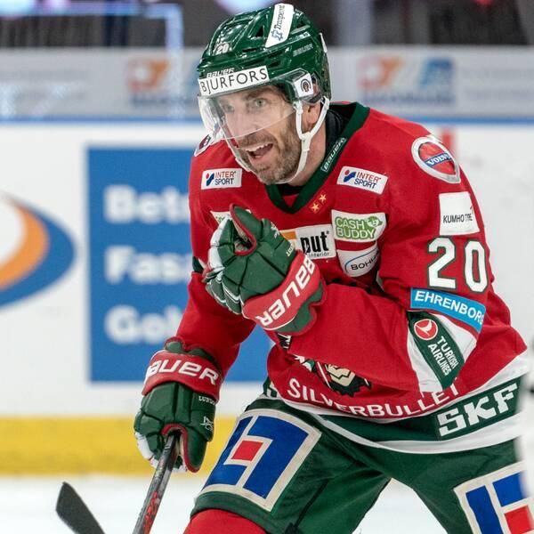 Joel Lundqvist jublar efter mål mot Brynäs.