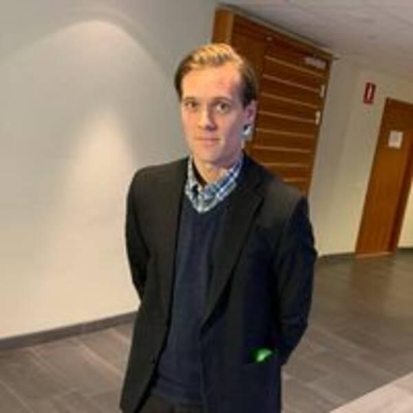 Kammaråklagare Fredrik Normark om bilbränderna