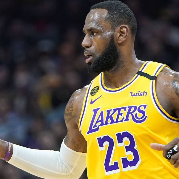LeBron James var stor matchvinnare för Los Angeles Lakers.