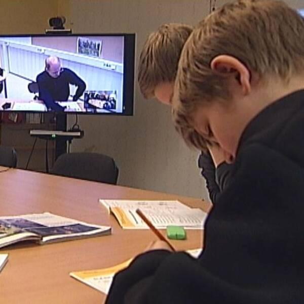 Elever på Frostvikenskolan har redan provat på fjärrundervisning.