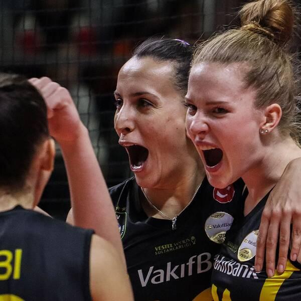 Isabelle Haaks Vakifbank är klart för kvartsfinal i Champions League.