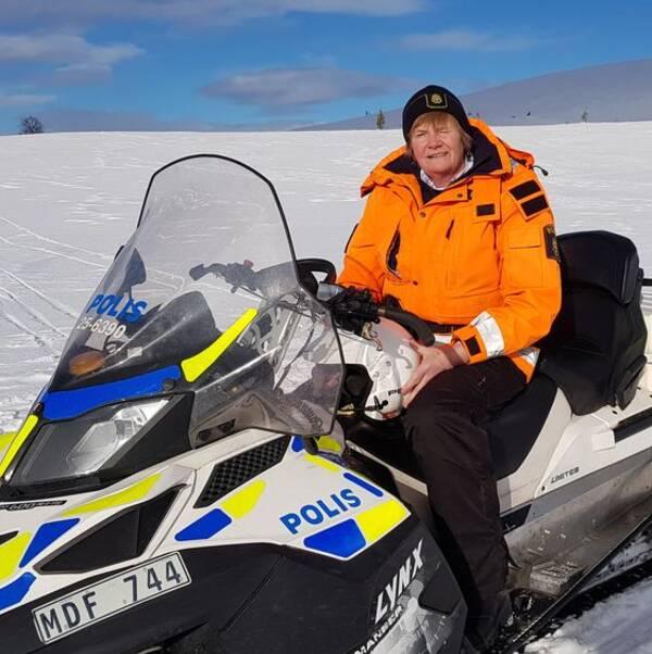 Polisen Lena Nilsson i Grövelsjöfjällen.