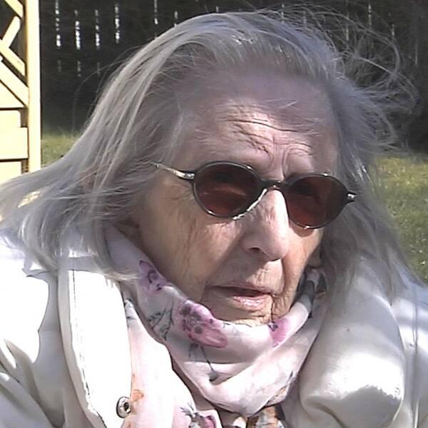 Kerstin Björkström i Partille behöver hjälp att handla mat när hon isolerat sig på grund av coronaviruset.