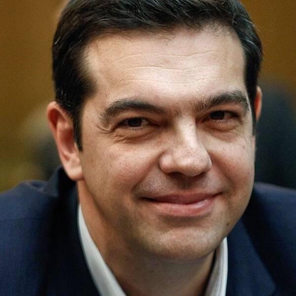 Den stora striden mellan Aten och Berlin handlar om framtiden: Alexis Tsipras vill att delar av Greklands skuld ska skrivas av men Tyskland och Angela Merkel avvisar de kraven och menar att Grekland i princip måste fortsätta den politik som den förra regeringen fört.