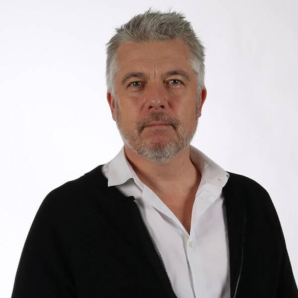 Henrik Funke, innehållschef på Bauer Media, säger att företaget varken har möjlighet eller vill kontrollera om programmen de distribuerar innehåller plagiat.