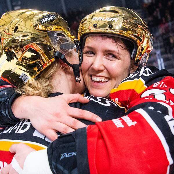 Michelle Karvinen firar efter SM-guldet i fjol.