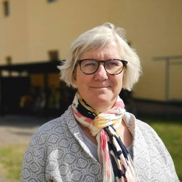 Felix Everbrand arbetade tidigare på länsstyrelsen i Kalmar som samordnare på enheten för social hållbarhet. Hon är en av författarna till den bostadsmarknadsanalys som gjordes förra året, som byggde på intervjuer med alla länets kommuner.