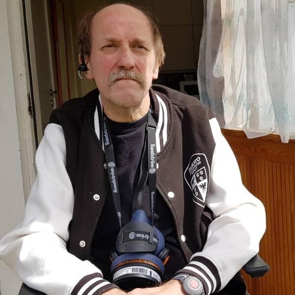 Leif Blom i Dala-Järna på sin veranda.