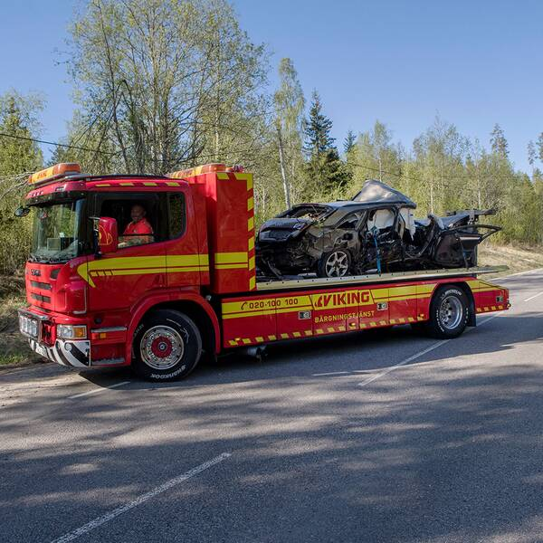 Singelolycka vid Sörfors strax utanför Sundsvall natten mot söndagen. Fem personer fördes till sjukhus med allvarliga skador.