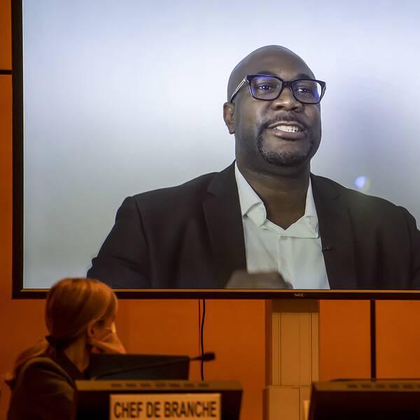 I ett videomeddelande till rådet vädjar George Floyds bror Philonise om internationell hjälp.