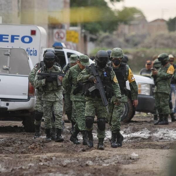 Styrka ur Mexikos nationalgarde på plats i Irapuato där skjutningen ägde rum.