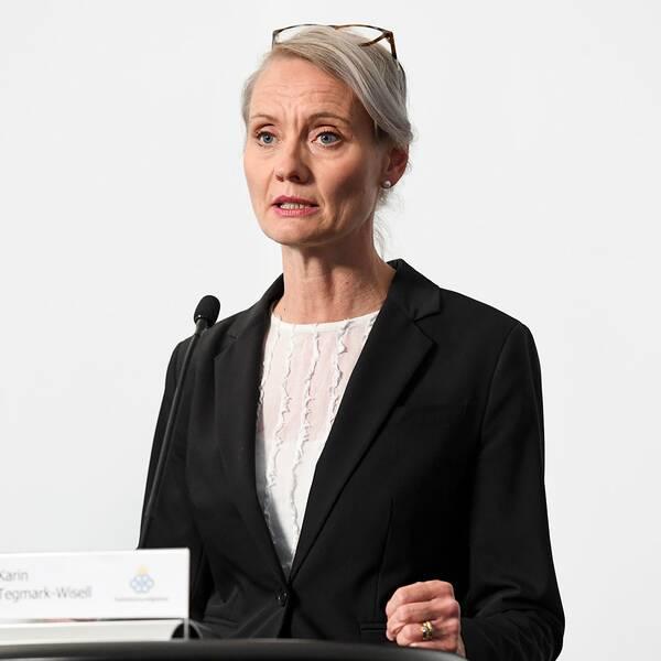 STOCKHOLM 20200630 Karin Tegmark Wisell, avdelningschef, Folkhälsomyndigheten under tisdagens myndighetsgemensamma pressträff om Covid-19. Foto: Erik Simander / TT / kod 11720