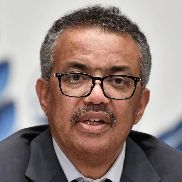 WHO:s generaldirektör Tedros Adhanom Ghebreyesus varnar för att pandemin riskerar att förvärras.