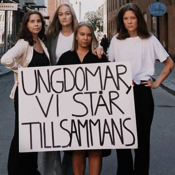 På bilden syns de fyra grundarna av Snaf, Ebba Bjelke, Ebba Carlsson, Linn Englund och Ida Karseland.