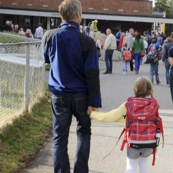 NTF har listat flera sätt på hur föräldrar kan göra sitt barns skolväg tryggare.