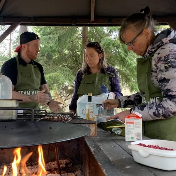 Team Maxim från skolköket i Kyrkebyskolan i Arvika ska försöka ta mästartiteln i matlagning utomhus som avgörs i Skövde nu på söndag.