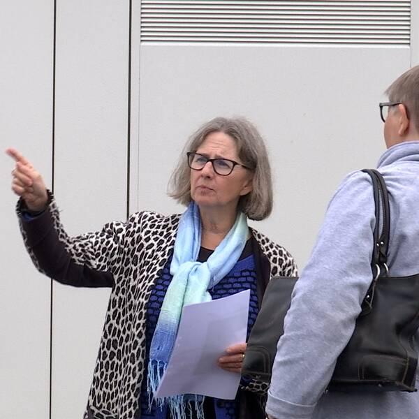 Åklagare Gunilla Öhlin under den syn som hölls på plats i Markaryd under hovrättsförhandlingarna.