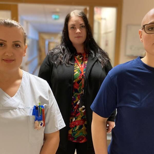 Närbild på personalen Lumturije Geci, Belinda Mattsson och Saranda Krasniqi från Åkershems äldreboende.