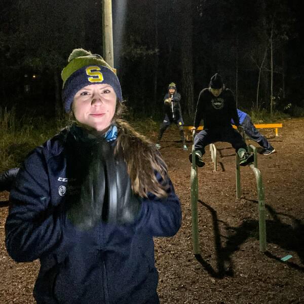 SSK spelare som tränar på utegym i Kusens backe