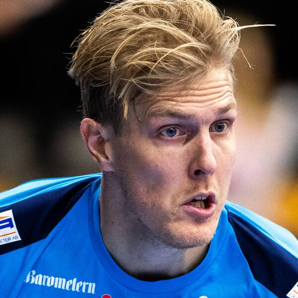 Kalmarsunds Kim Nilsson har utsetts till världens bästa innebandyspelare på herrsidan.