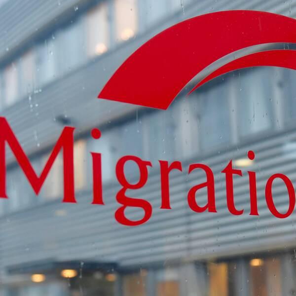 En skylt på Migrationsverket