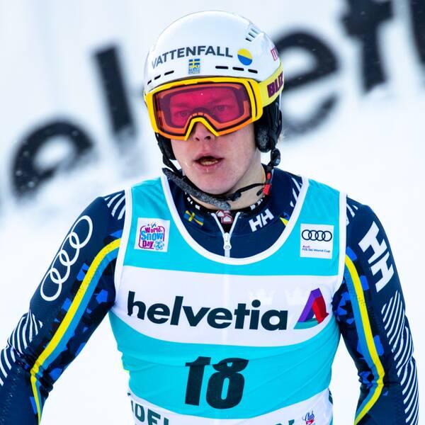 Kristoffer Jakobsen tackar för de flyttade tävlingarna.