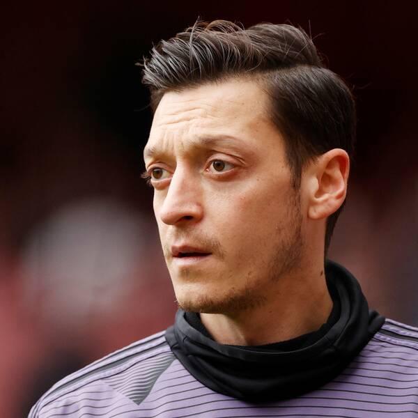 Mesut Özil lämnar Arsenal.