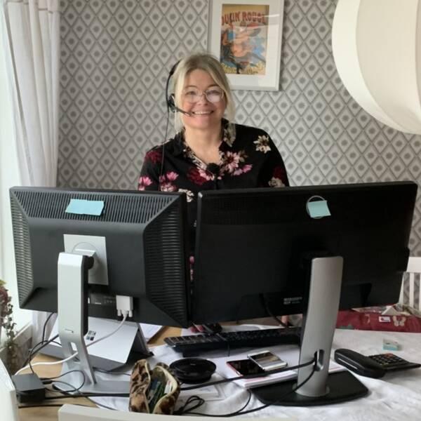 Eva Nilssons jobb som applikationskonsult går ut på att hjälpa företag när de har problem med sina affärssystem på det ekonomiska planet. Att sköta det hemifrån funkar utmärkt menar hon.