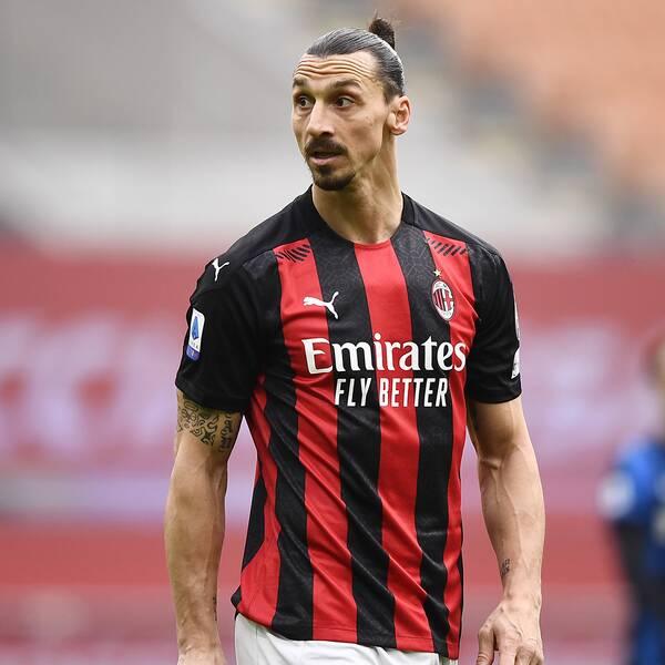 Zlatan Ibrahimovic under söndagens Milano-derby mot Inter.