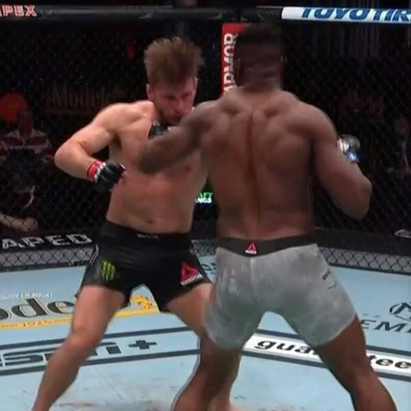 Francis Ngannou är ny UFC-mästare i tungvikt.