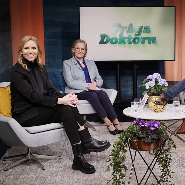 Sofia Rågenklint, Kerstin Brismar, Kim Larsson och Karin Granberg i Fråga doktorns studio.